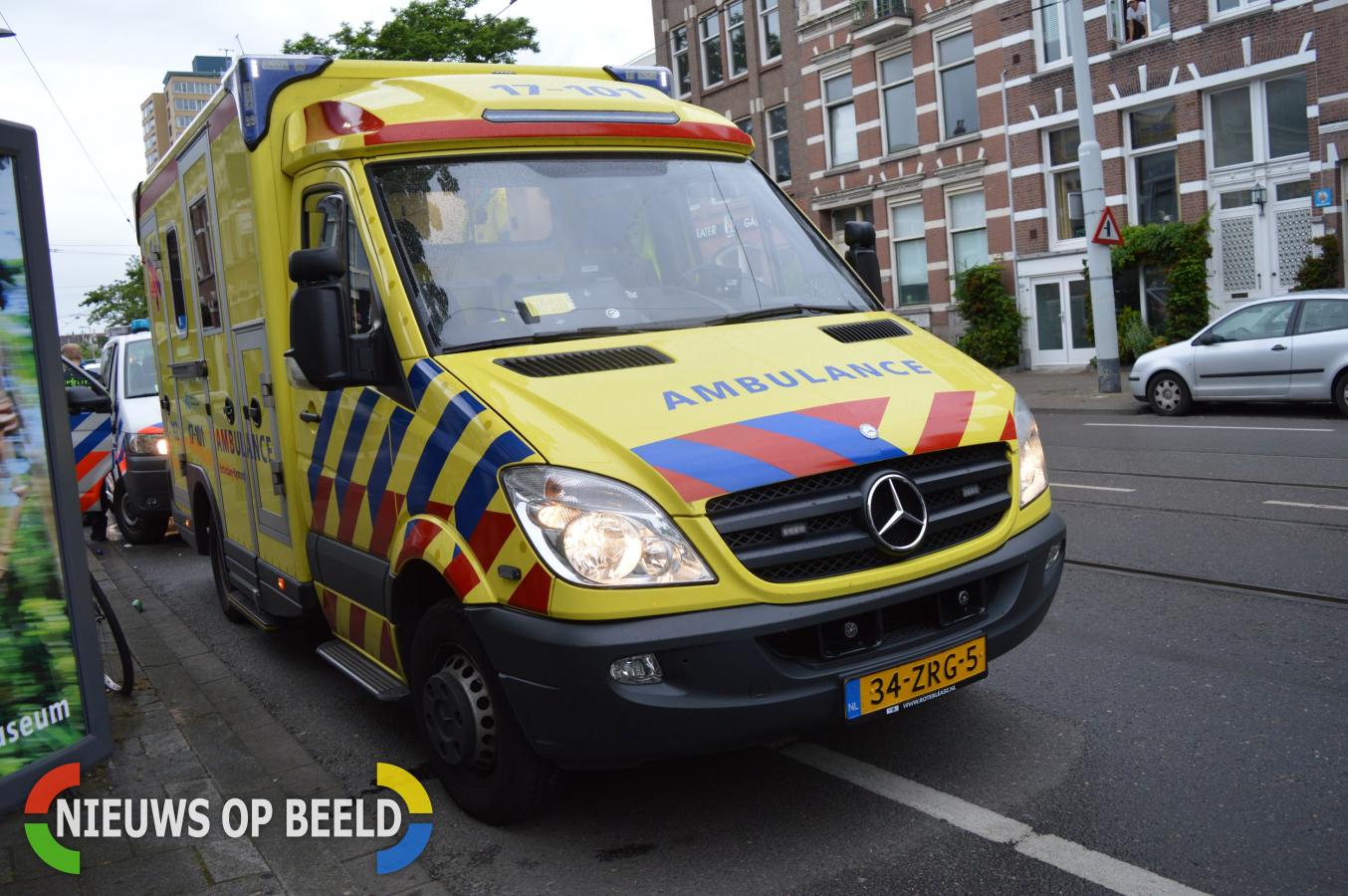 Man lichtgewond na steekincident tijdens ruzie Mathenesserplein Rotterdam