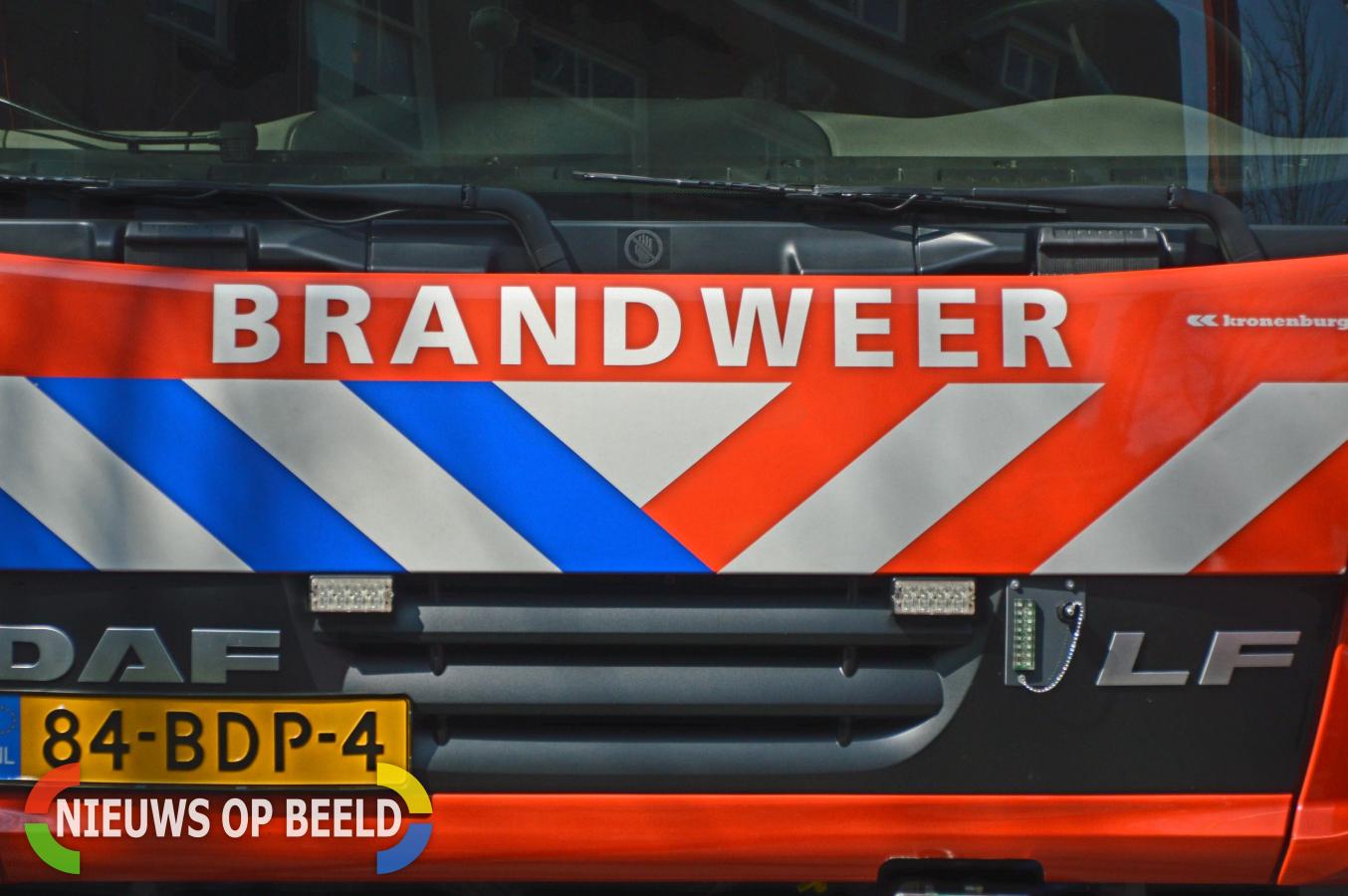 Felle brand verwoest boerderij Hofweg Rotterdam