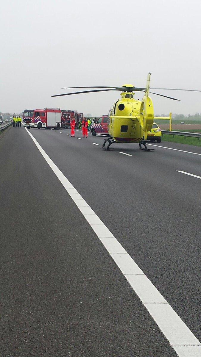 Automobilist zwaargewond bij aanrijding met vrachtwagen A29
