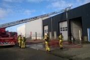 Felle brand met veel rook in bedrijfsverzamelgebouw Nessenweg Heerjansdam
