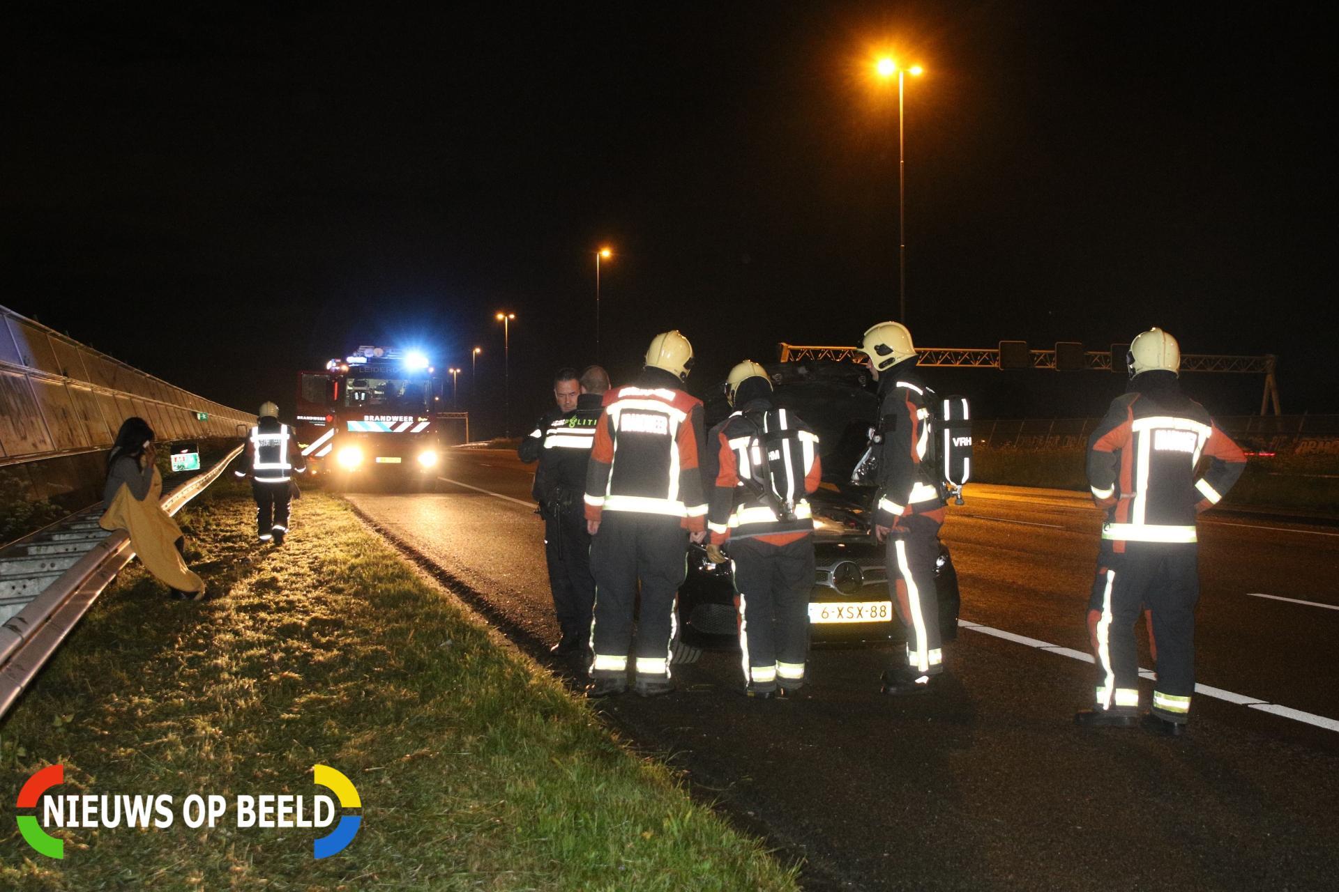 Melding voertuigbrand blijkt oververhitte motor van Mercedes A4 Roelofarendsveen