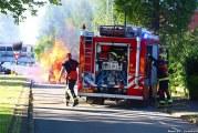 Auto gaat in vlammen op Joubertstraat Gouda