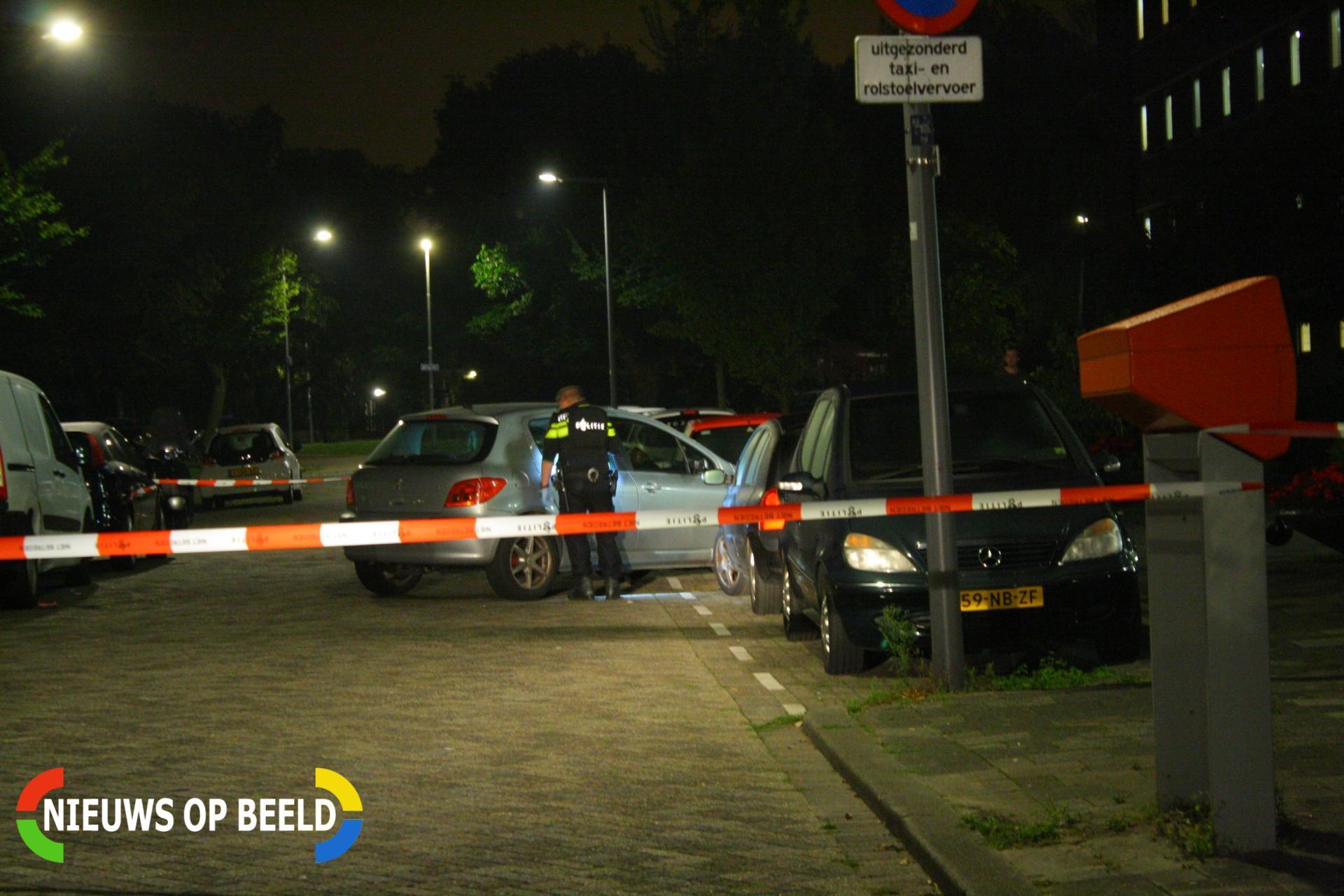 Man zwaargewond na schietpartij Adriaan Kluitstraat Rotterdam