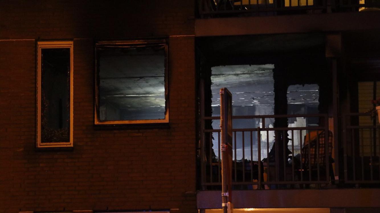 Uitslaande brand verwoest woning Albert Plesmanplein Gouda
