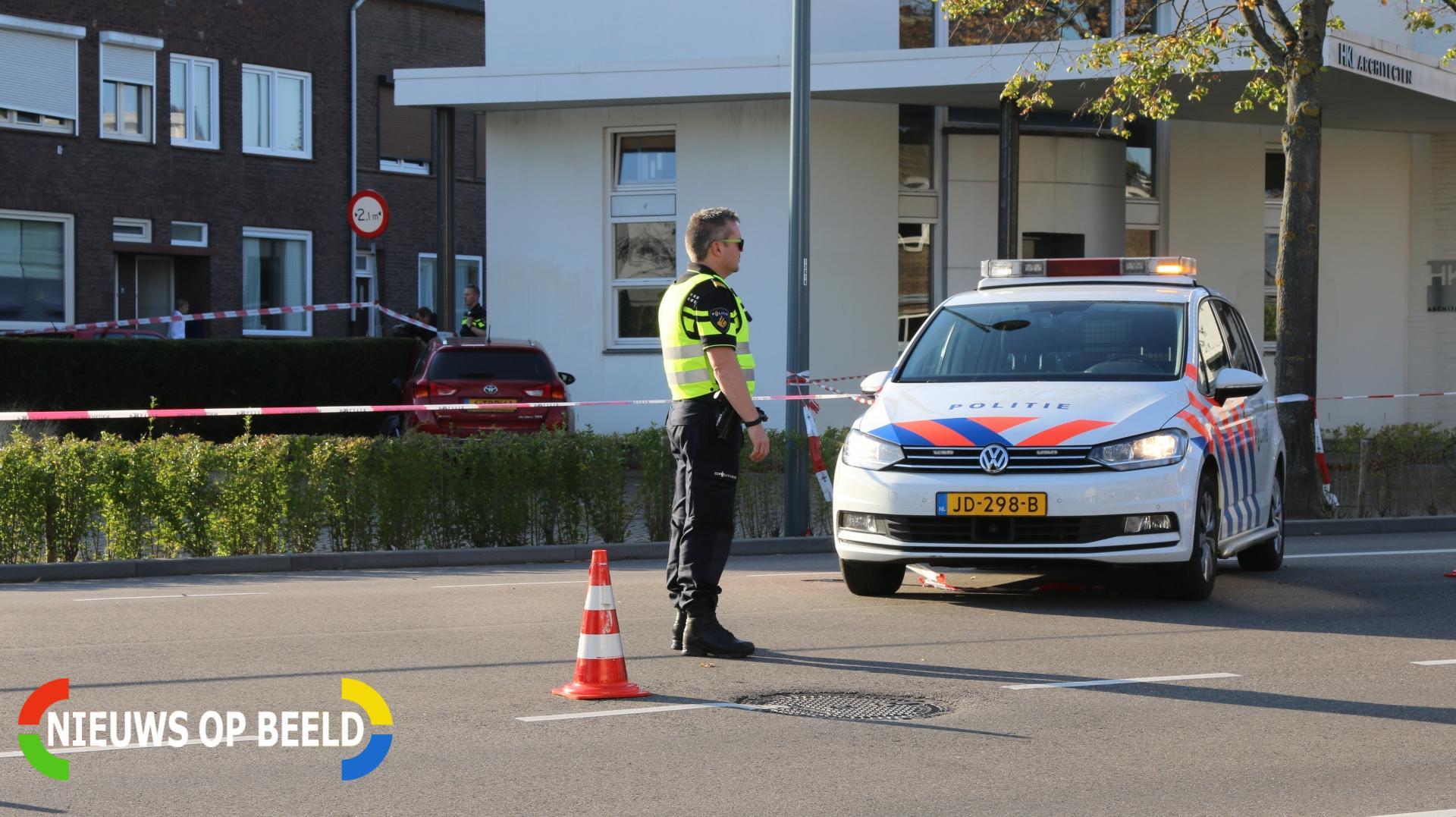 Gewonden bij aanrijding tussen politieauto en personenauto Vouerweg Sittard