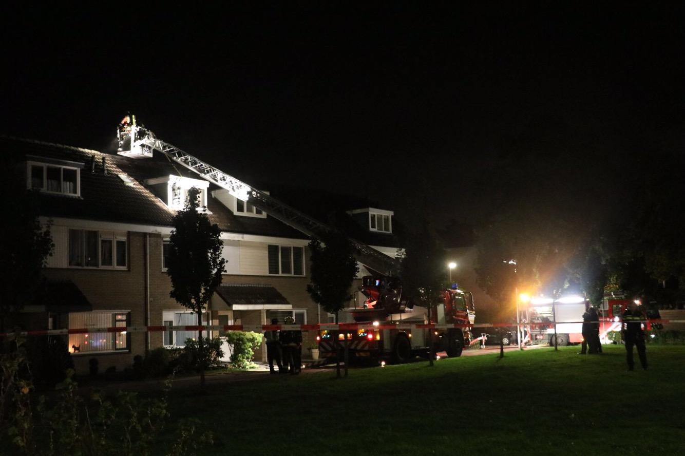 Uitslaande brand verwoest zolder van woning Heemraadweg Waddinxveen