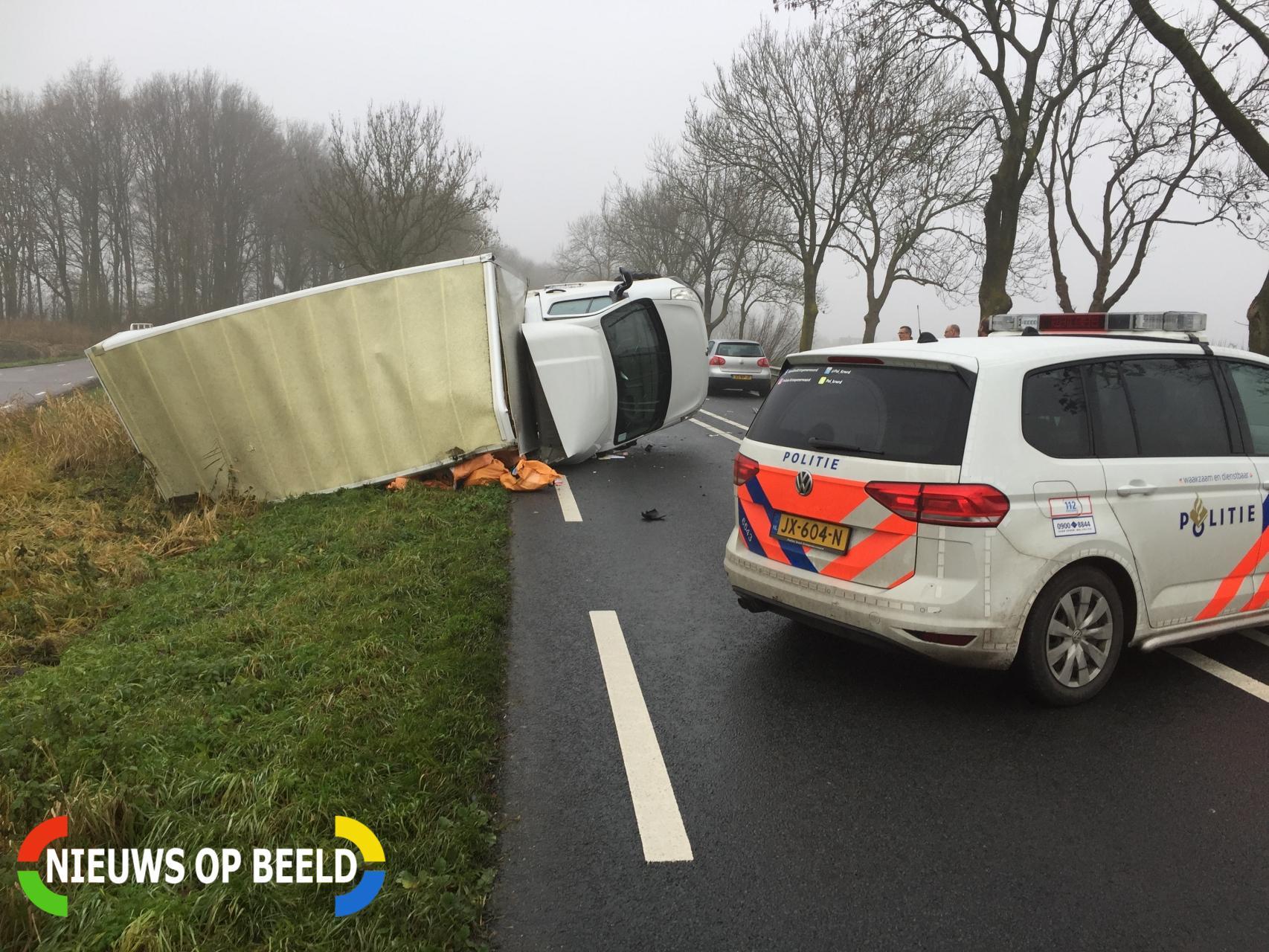 Ravage na ongeval met auto en bestelbus Schoonhovenseweg N207 Stolwijk