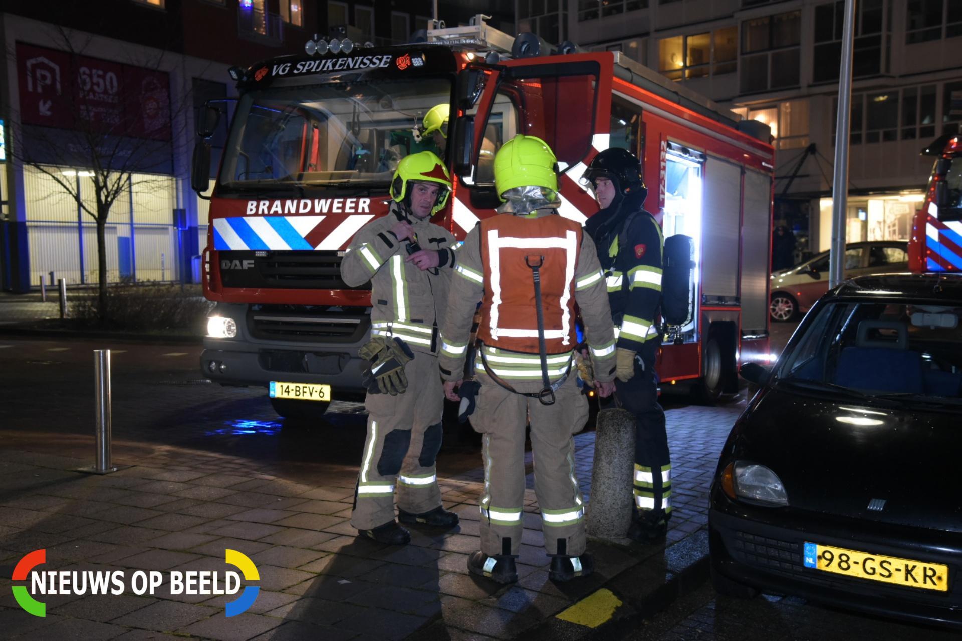 Oliebollen bakken zorgt voor brandmelding Gorsstraat Spijkenissse