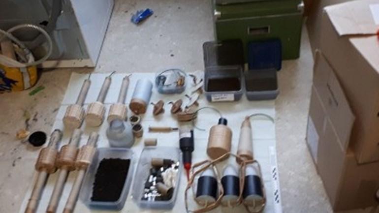 Beheerders website vuurwerk-fanaten.net aangehouden voor handel in illegaal vuurwerk