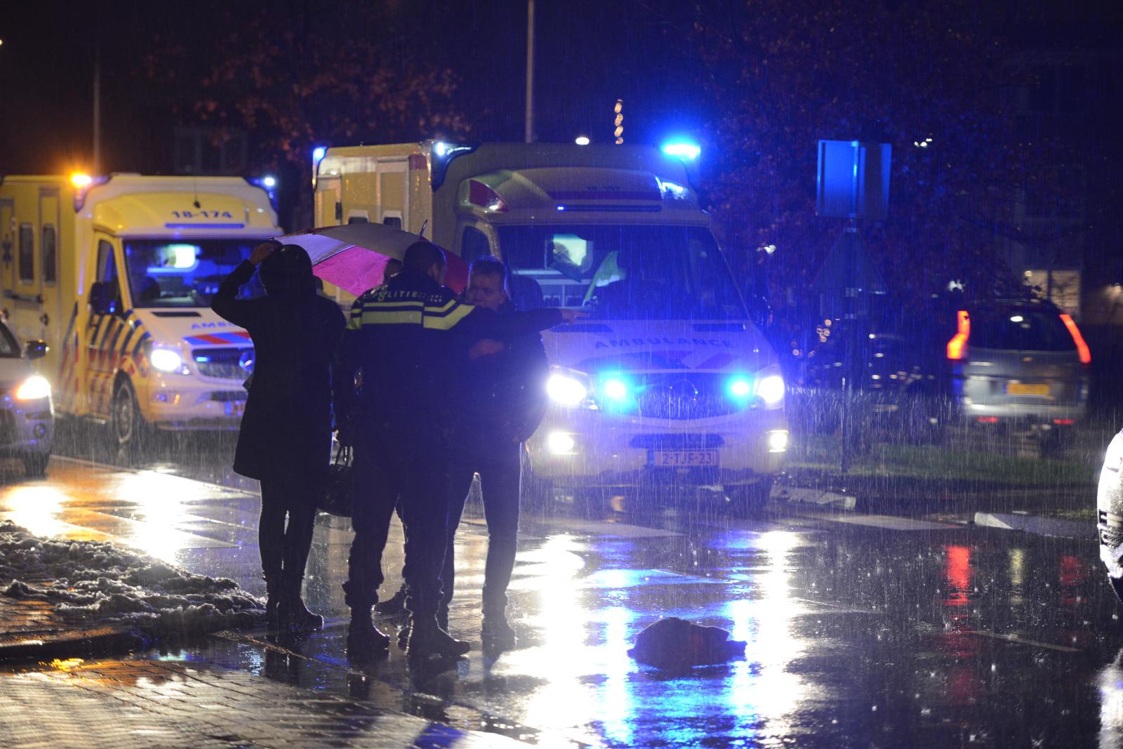 Voetganger zwaargewond na twee keer te zijn overreden Laan van Welhorst Hendrik-Ido-Ambacht