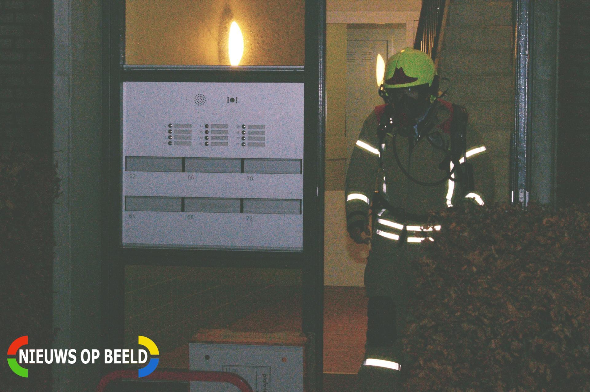 Bewoner gewond na bluspoging in flatwoning Sybold van Ravensteynpad Bergschenhoek