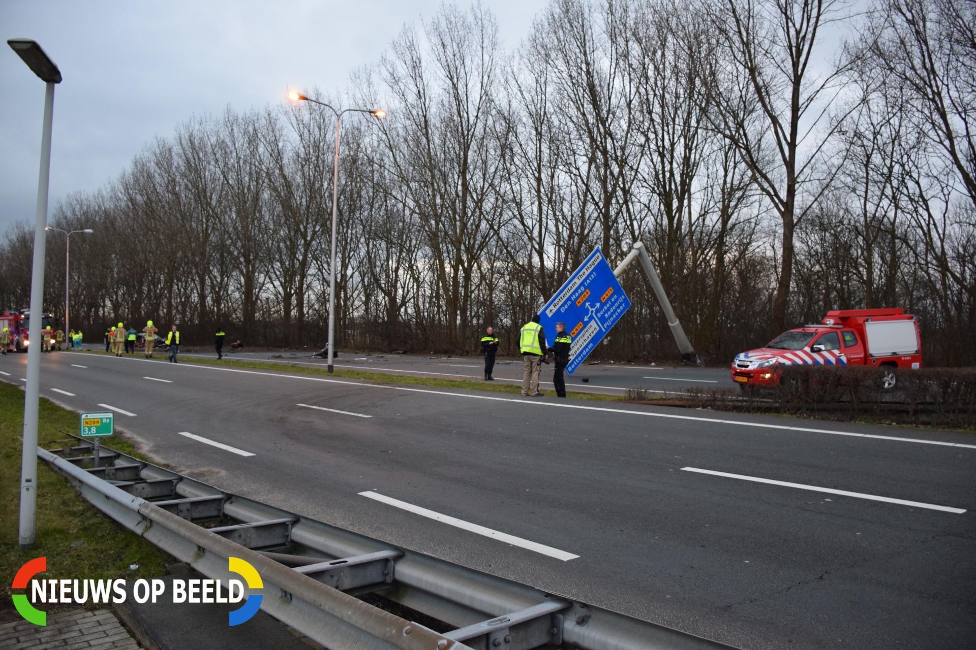 Automobilist zwaargewond bij ongeval N209 Berkel en Rodenrijs