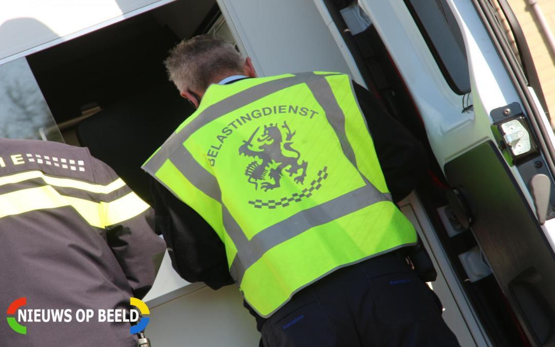 FIOD valt bedrijfspand in Ridderkerk binnen, bedrijf verdacht van miljoenenfraude met omzetbelasting
