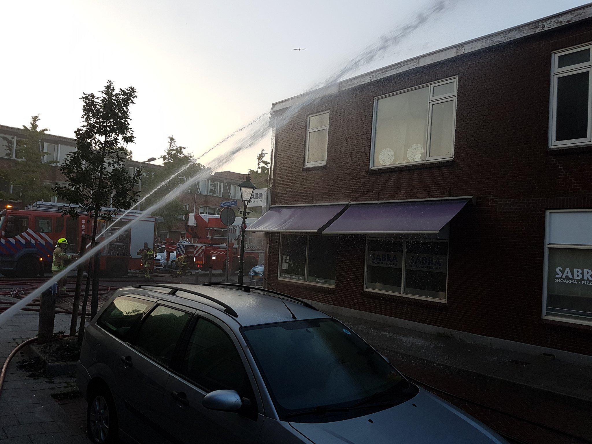 Frituurpan in brand bij pizzeria en shoarmazaak SabraRietdijkstraat Hoek van Holland
