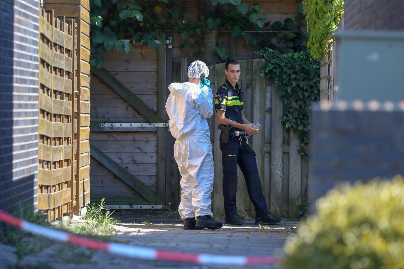 Overleden man aangetroffen in tuin van woning Dijkwacht Leiderdorp