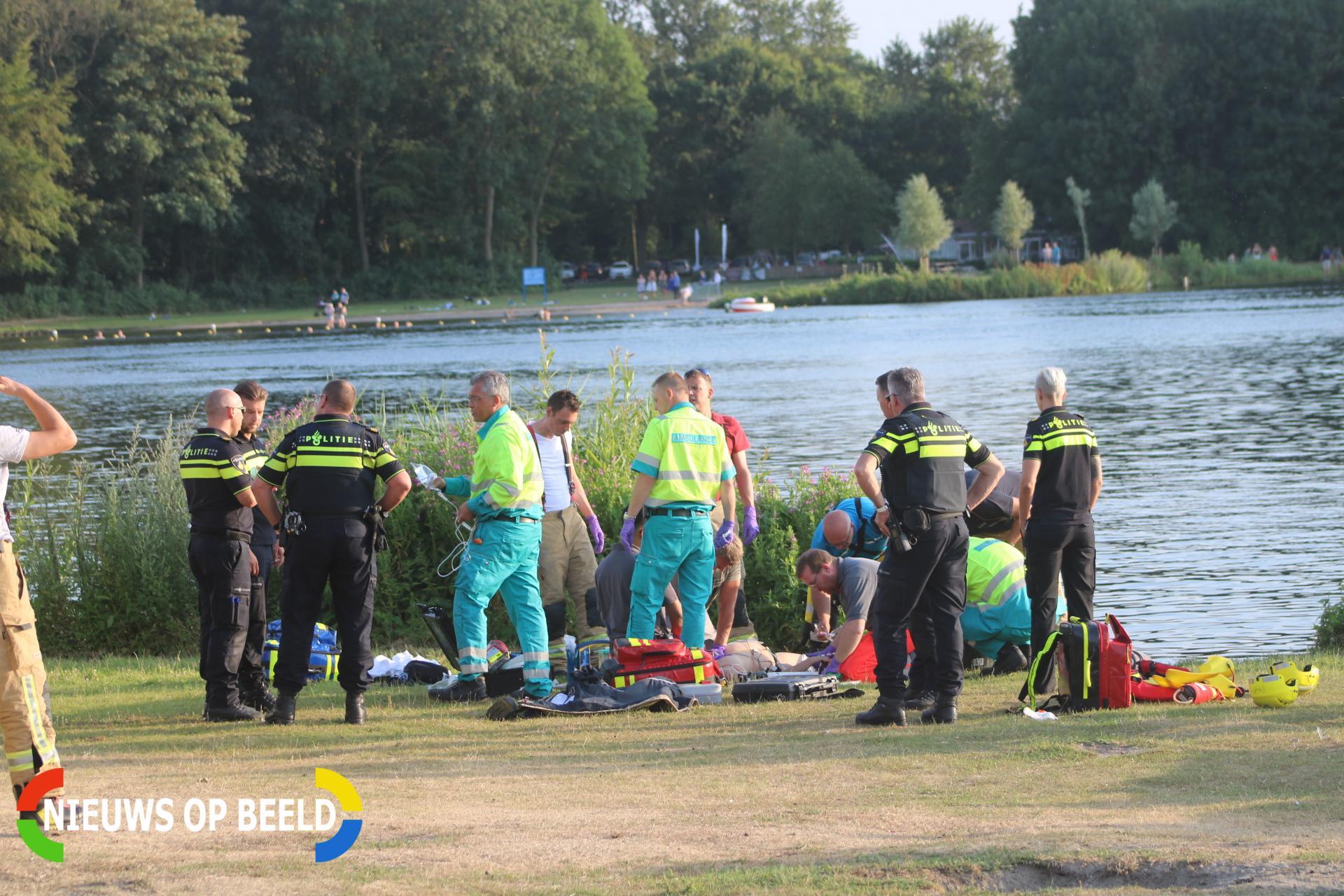 Persoon gereanimeerd door omstanders na te water raken Staaldiepseweg Brielle