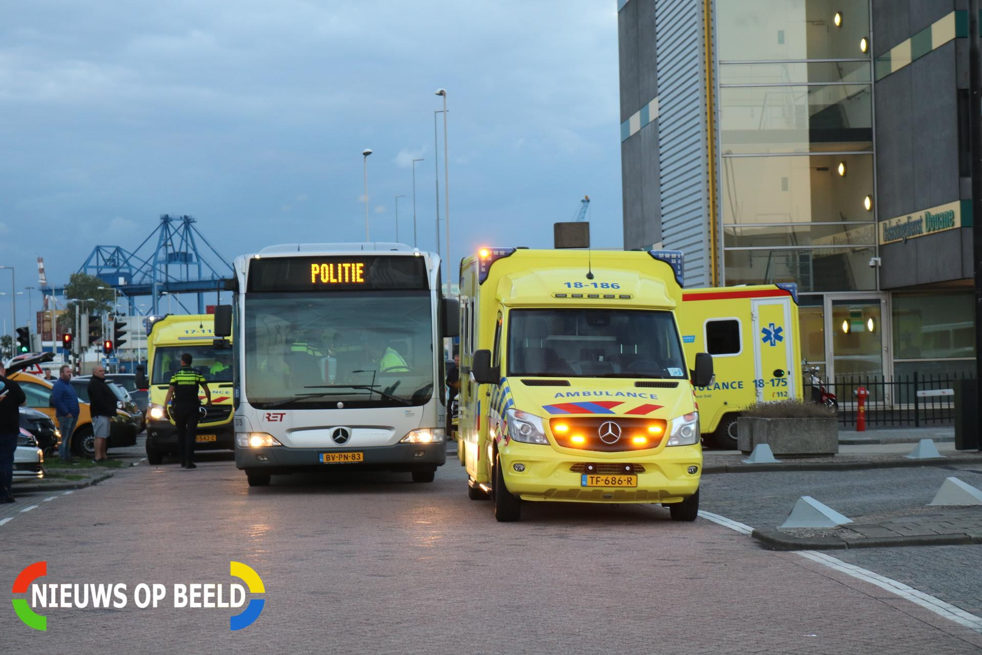 Chauffeur die vluchtelingen vervoerde op vrije voeten Reeweg Rotterdam