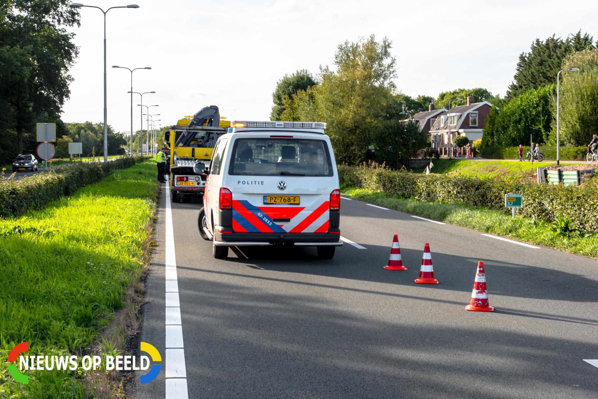 Flinke schade na aanrijding met drie auto's Groene Kruisweg N492 Poortugaal