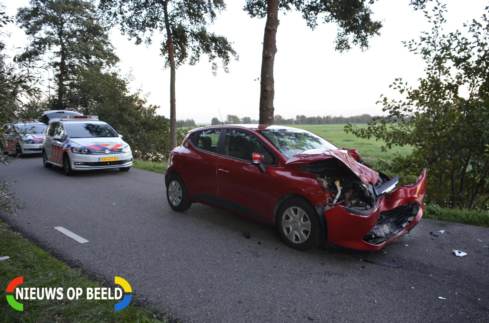 Gewonde bij frontale aanrijding tussen tractor en auto Goudseweg Stolwijk