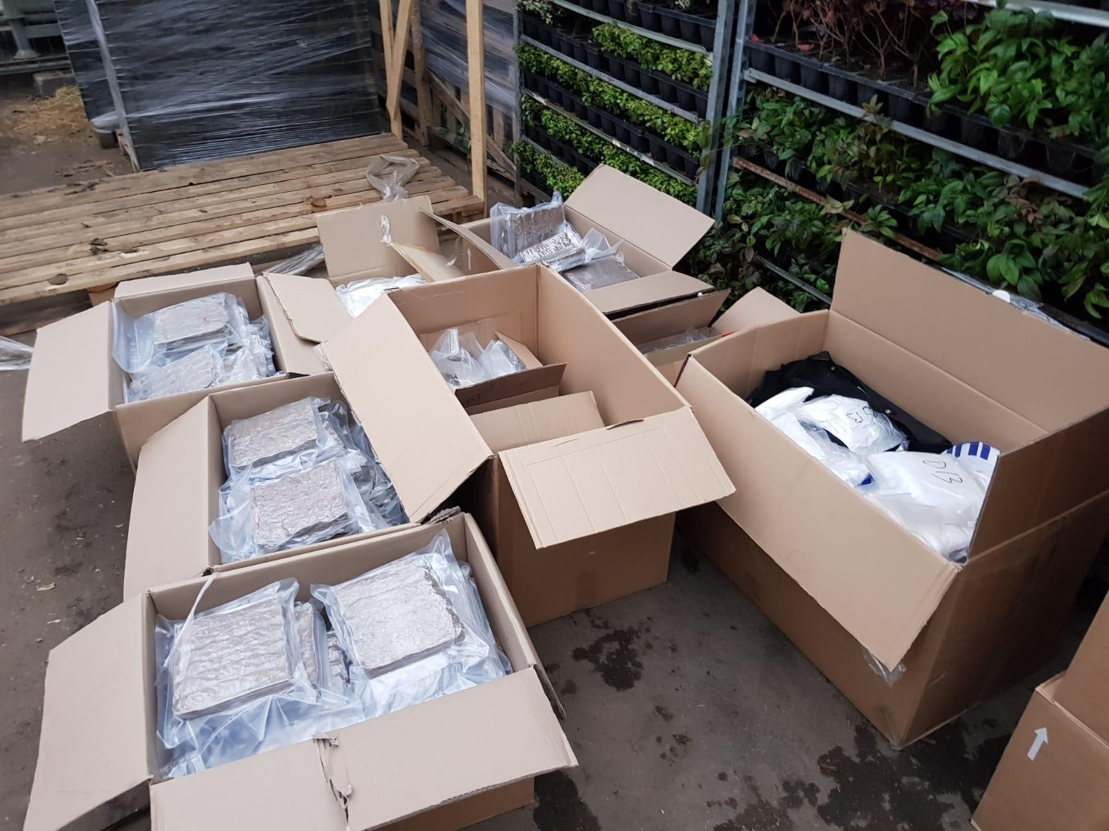 Honderden kilo's drugs onderschept in Hazerswoude