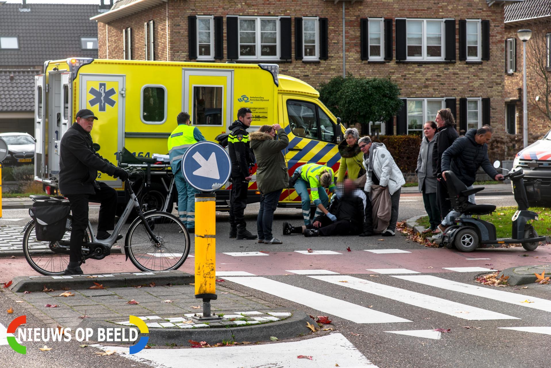 Man in scootmobiel gewond na aanrijding met auto Landheer Poortugaal