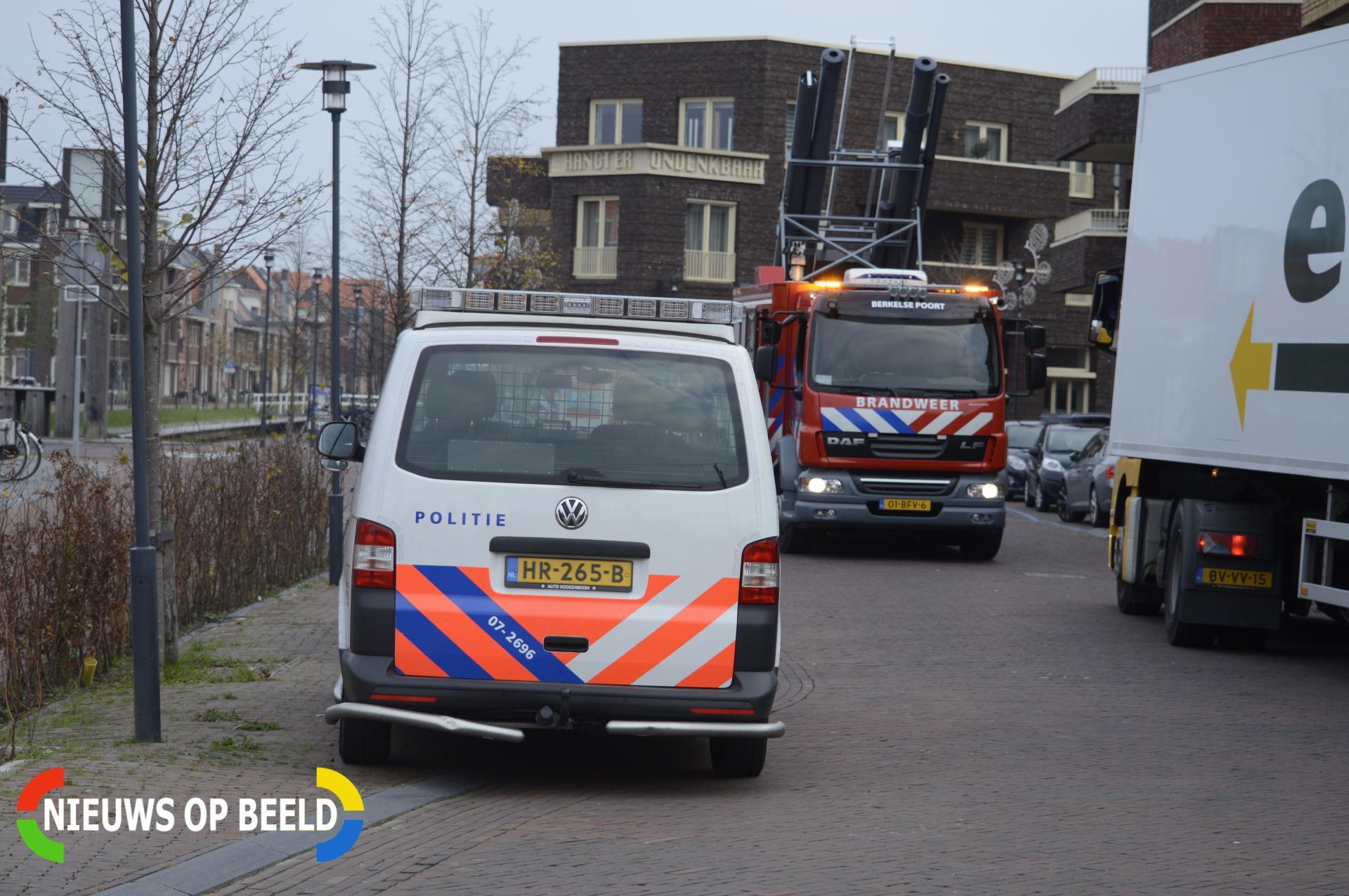 Vrachtwagen ramt gevel parkeergarage Westpolderstraat Berkel en Rodenrijs