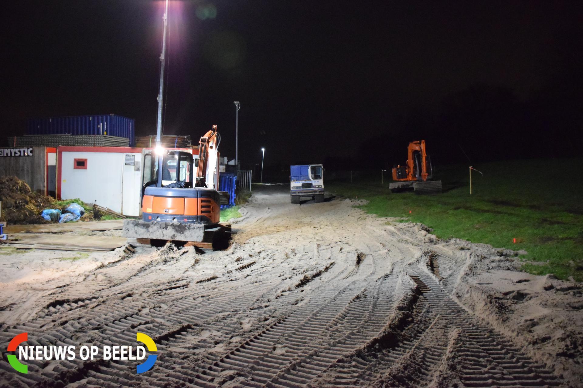 Scheur van 150 meter in watergang, werkzaamheden om kade te stabiliseren Italiëlaan Hazerswoude-Dorp