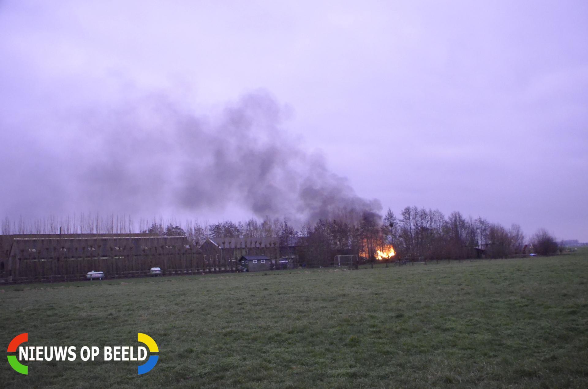 Gebouwbrand blijkt groot vreugdevuur Benedenberg Bergambacht