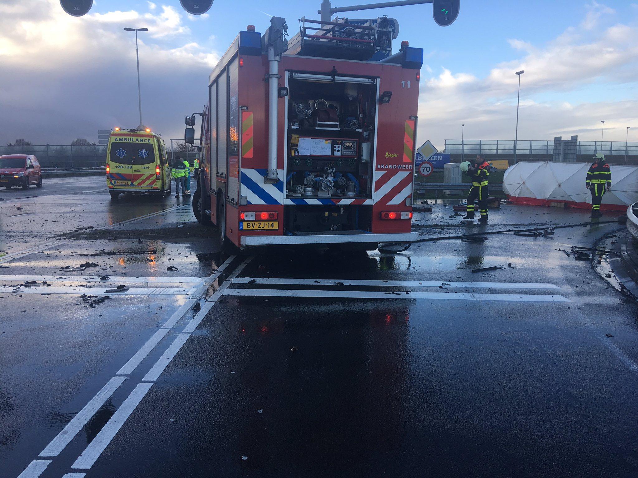 Twee doden en gewonde na ernstig ongeval A16 Breda