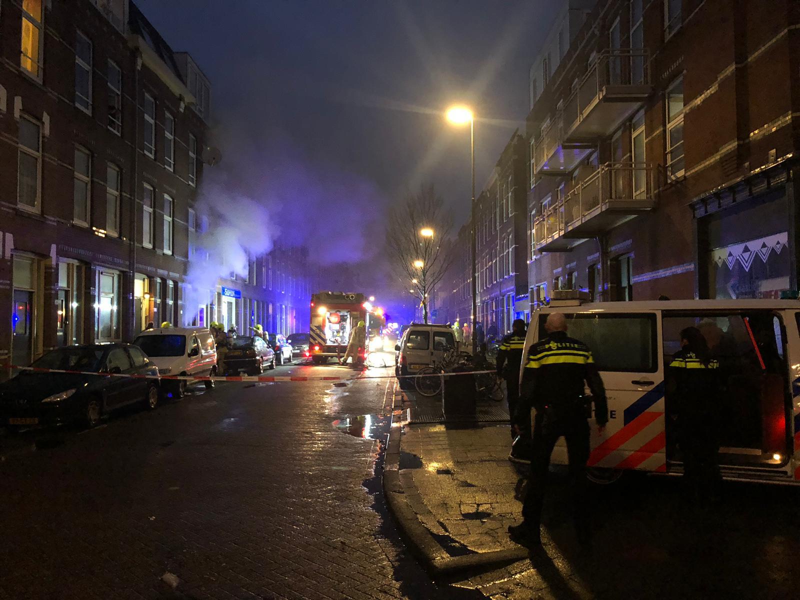 Kaars zet woning in brand Nozemanstraat Rotterdam