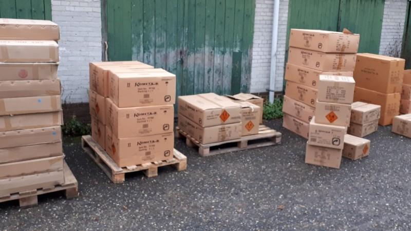 3500 kilo illegaal vuurwerk in beslag genomen in Leiden en Wassenaar