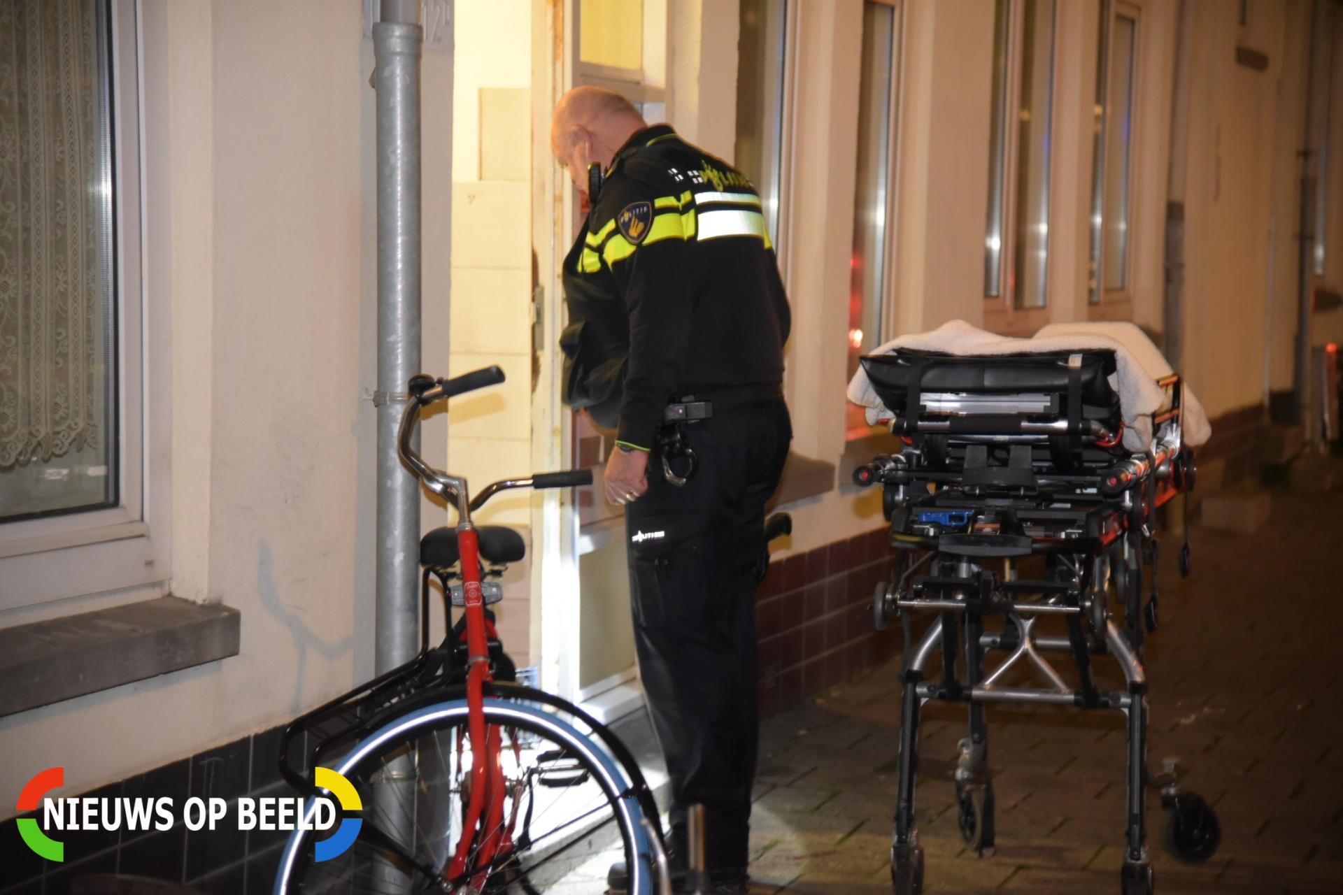 Man zwaargewond na steekpartij in woning Transvaalstraat Rotterdam