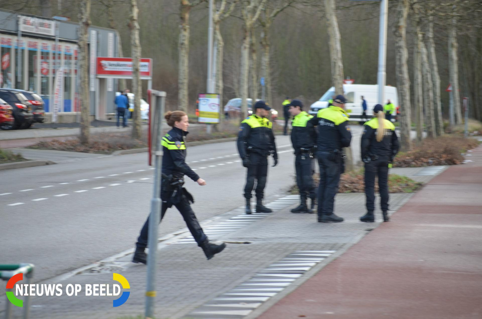 Scooteraccu vat vlam begane grond bedrijfsverzamelgebouw Schieweg Delft