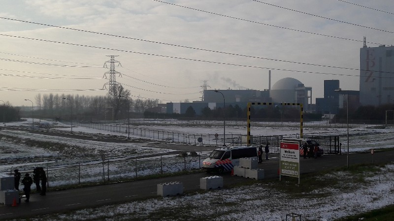 Politie en Defensie houden oefening bij kerncentrale Borssele