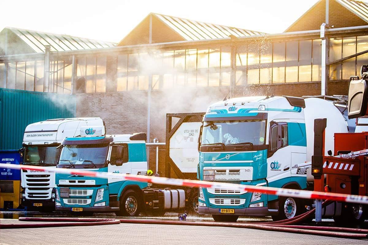 Dag later : Lekkende tankwagen zorgt voor stankoverlast in half Nederland