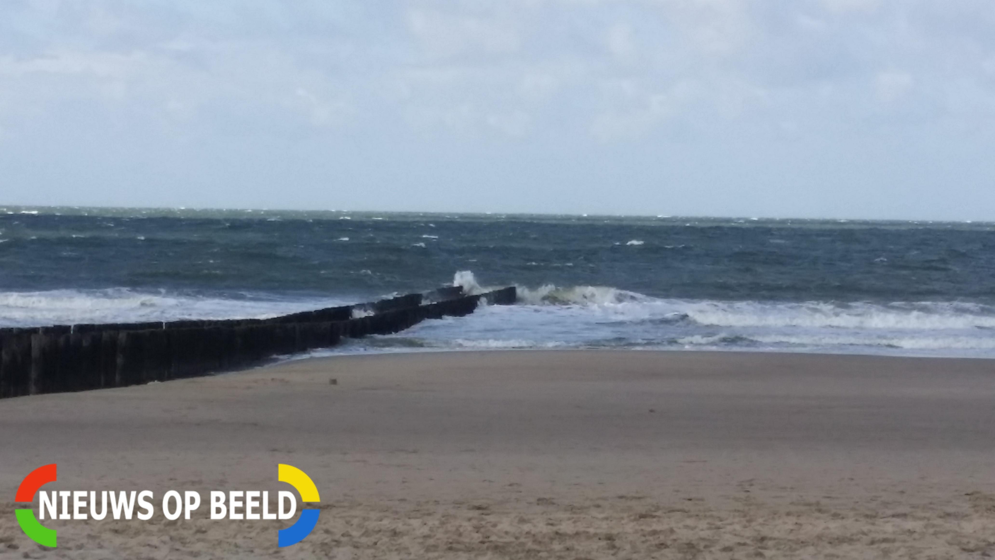 45-jarige vrouw overleden bij opkomend tij strand Renesse