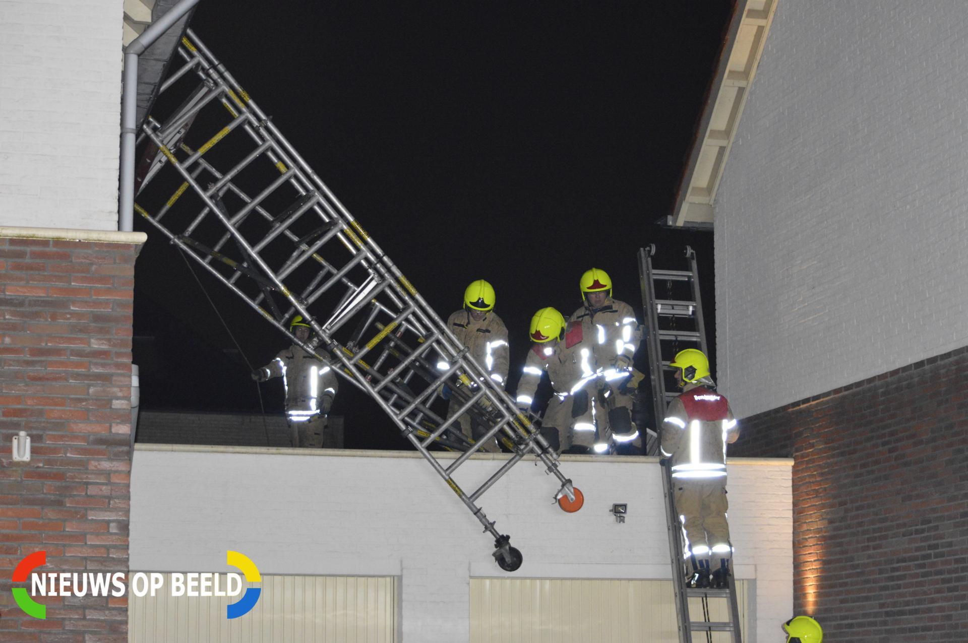 Stormschade door omgevallen bouwsteiger Ceresstraa Berkel en Rodenrijs
