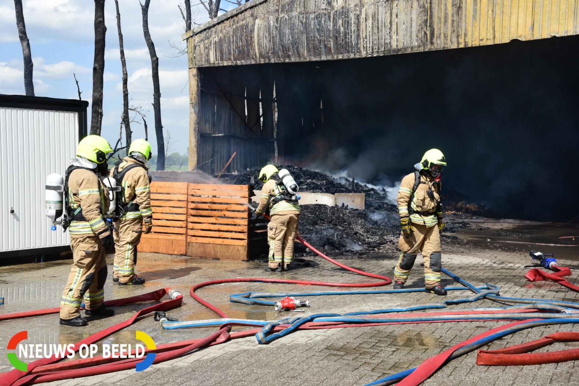 Grote brand in schuur met hooi en stro Klinkerlandseweg Herkingen