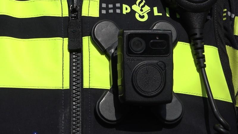 Meer agenten krijgen bodycam na positieve onderzoeksresultaten