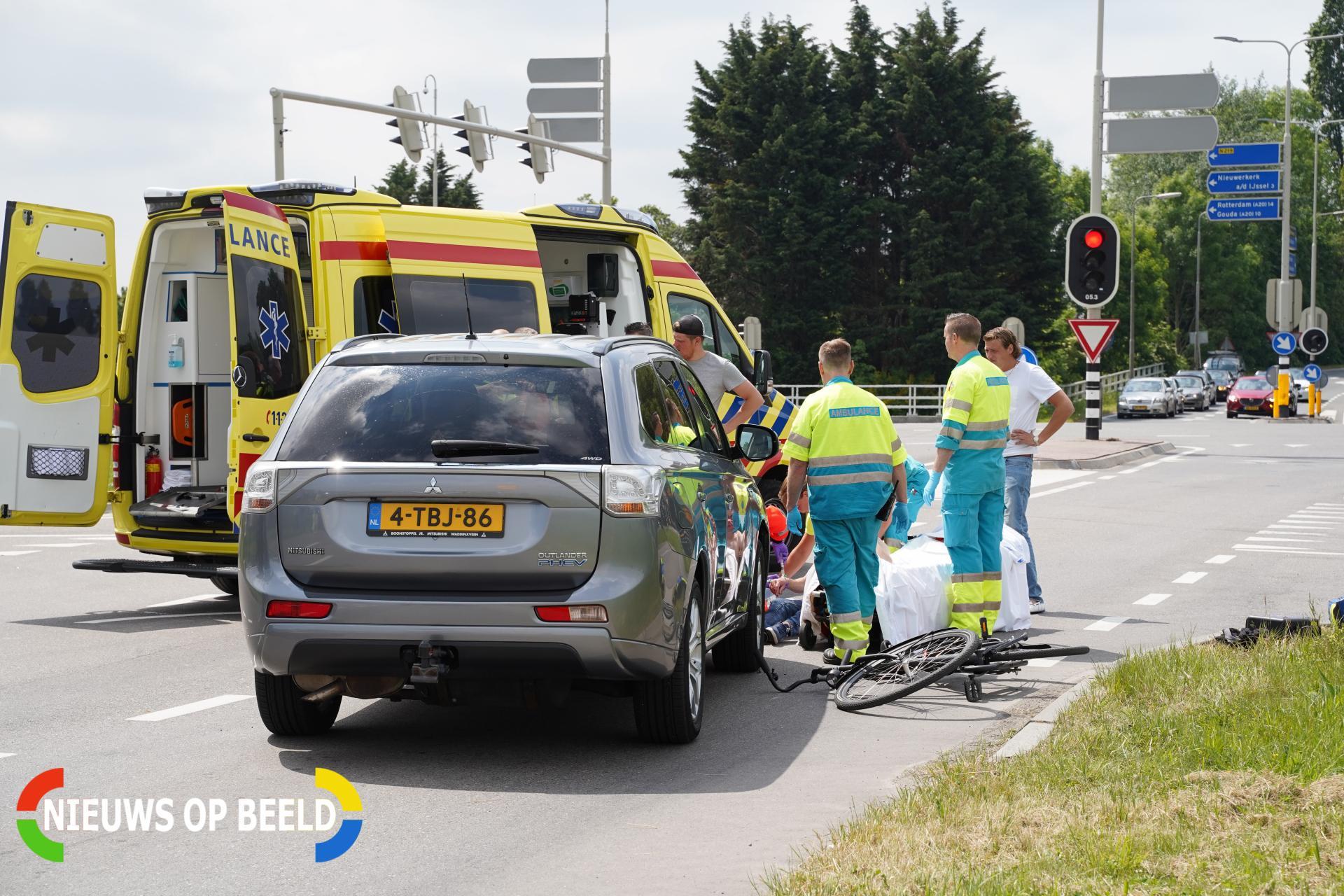 Fietser zwaargewond na ongeluk Zuidelijke Dwarsweg Zevenhuizen