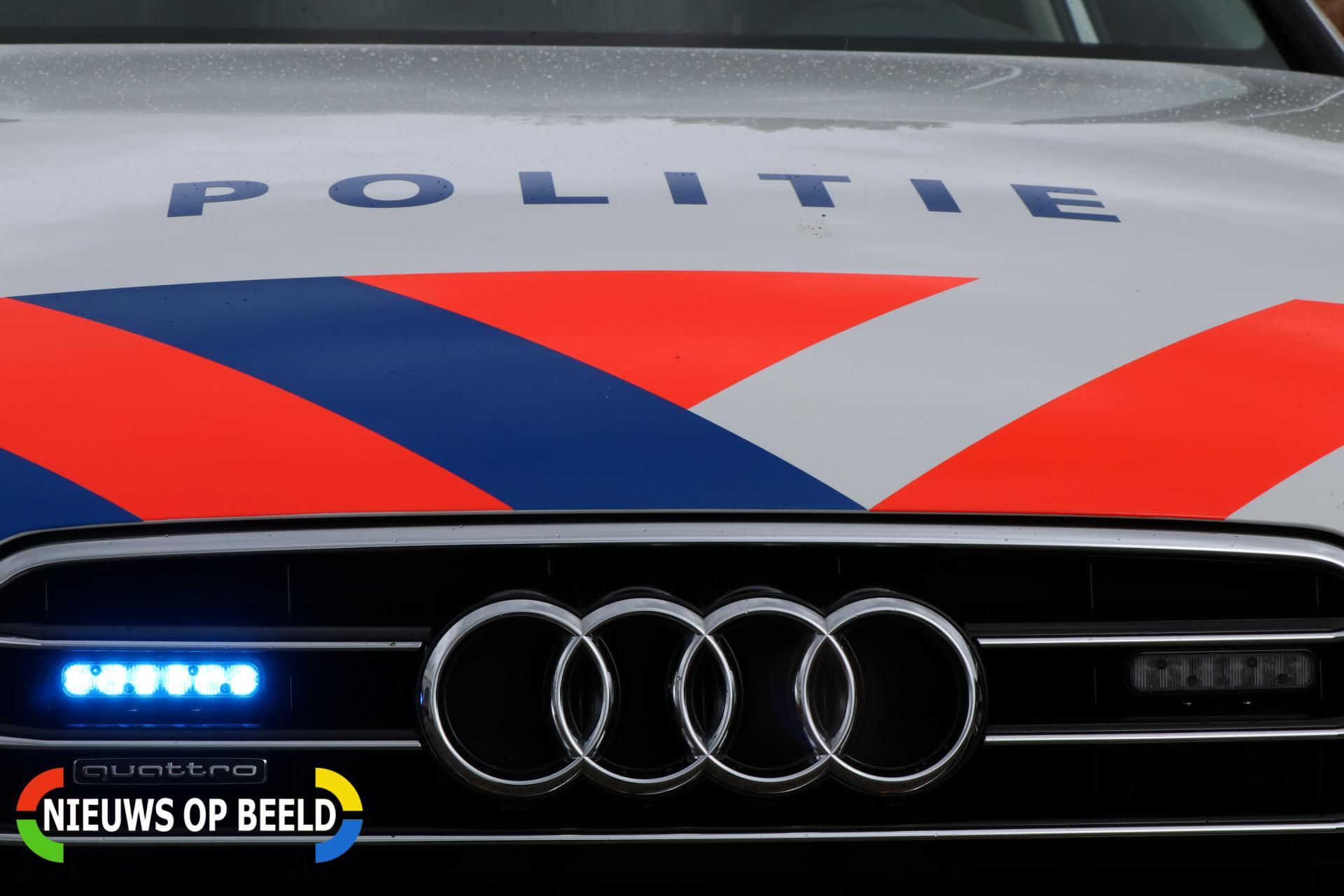Agenten bekogeld met steen en eieren, twee aanhoudingen Sumatraweg Rotterdam