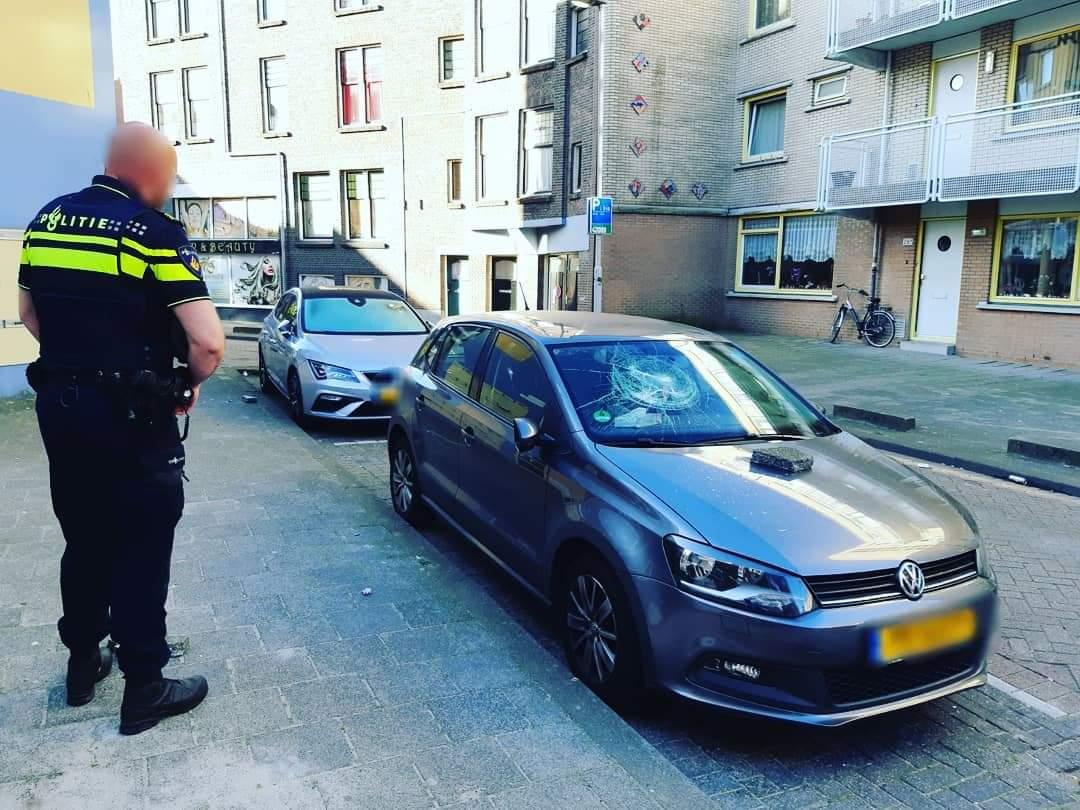 Auto's vernield Zoutziedersstraat Rotterdam