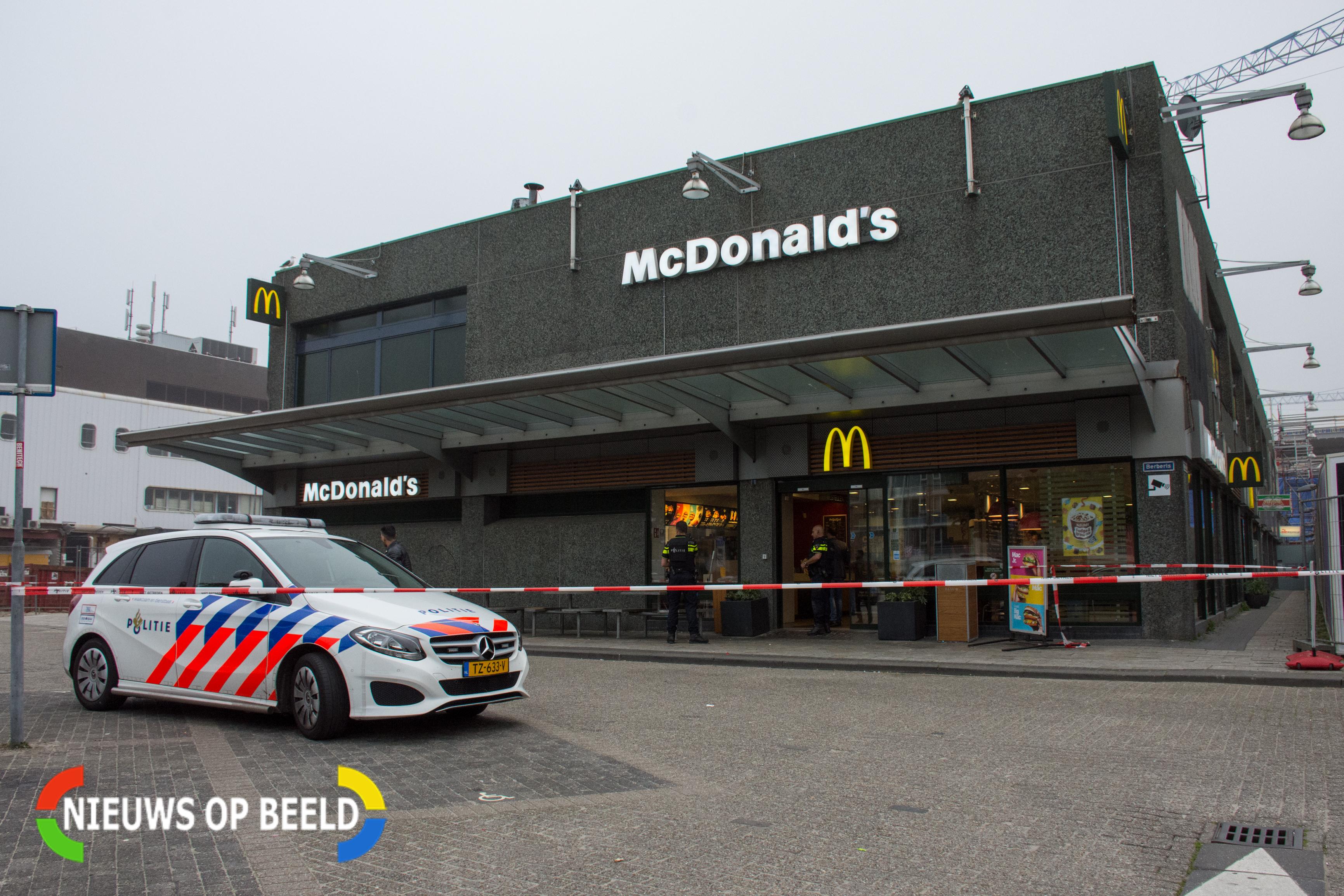 Poging overval op McDonald's in winkelcentrum Leidsenhage