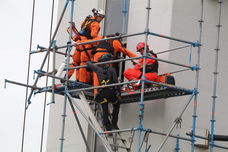 Twee gewonden na ongeluk met Beatrixsluis Nieuwegein