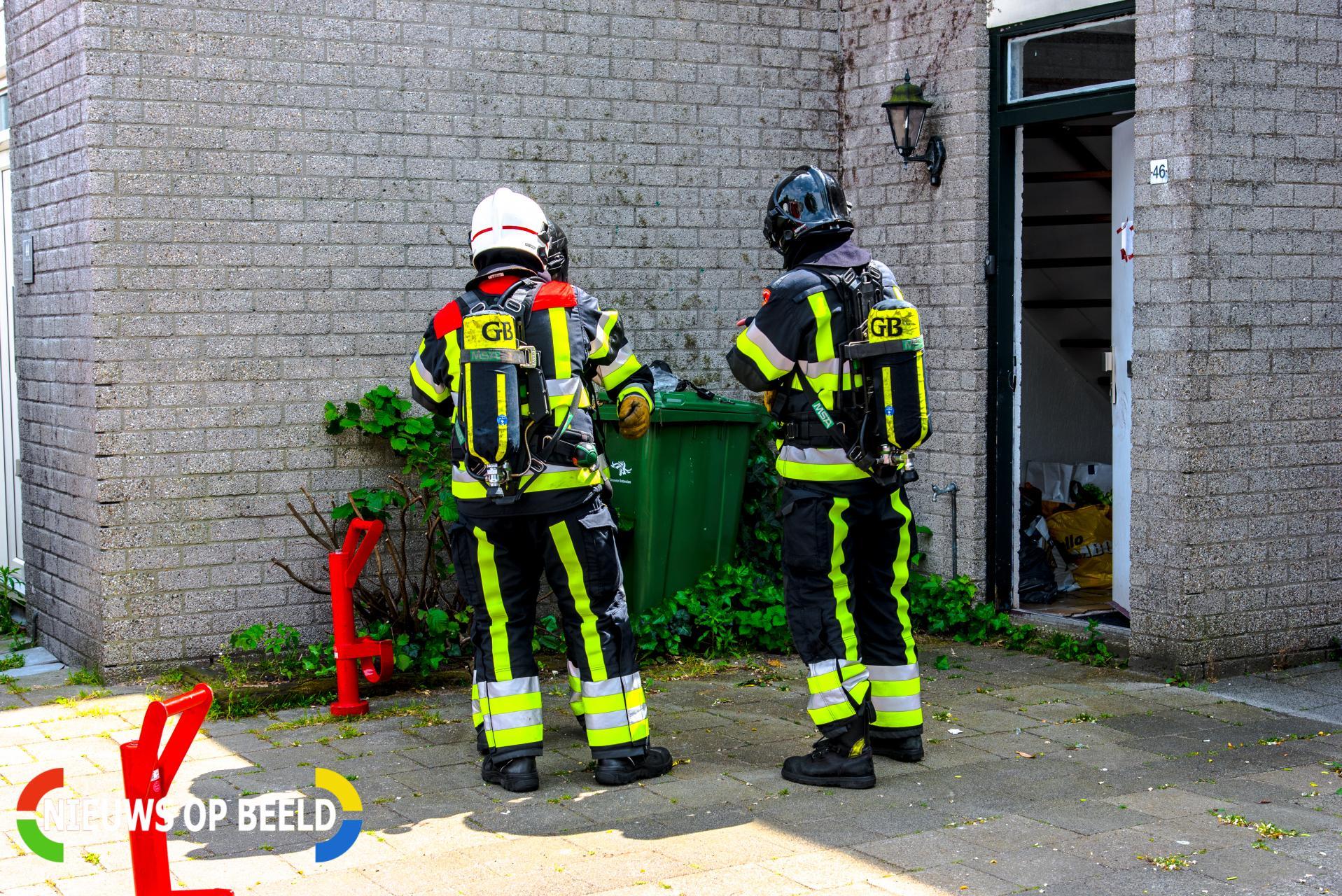 Flinke brand op balkon woning Bijster Hoogvliet