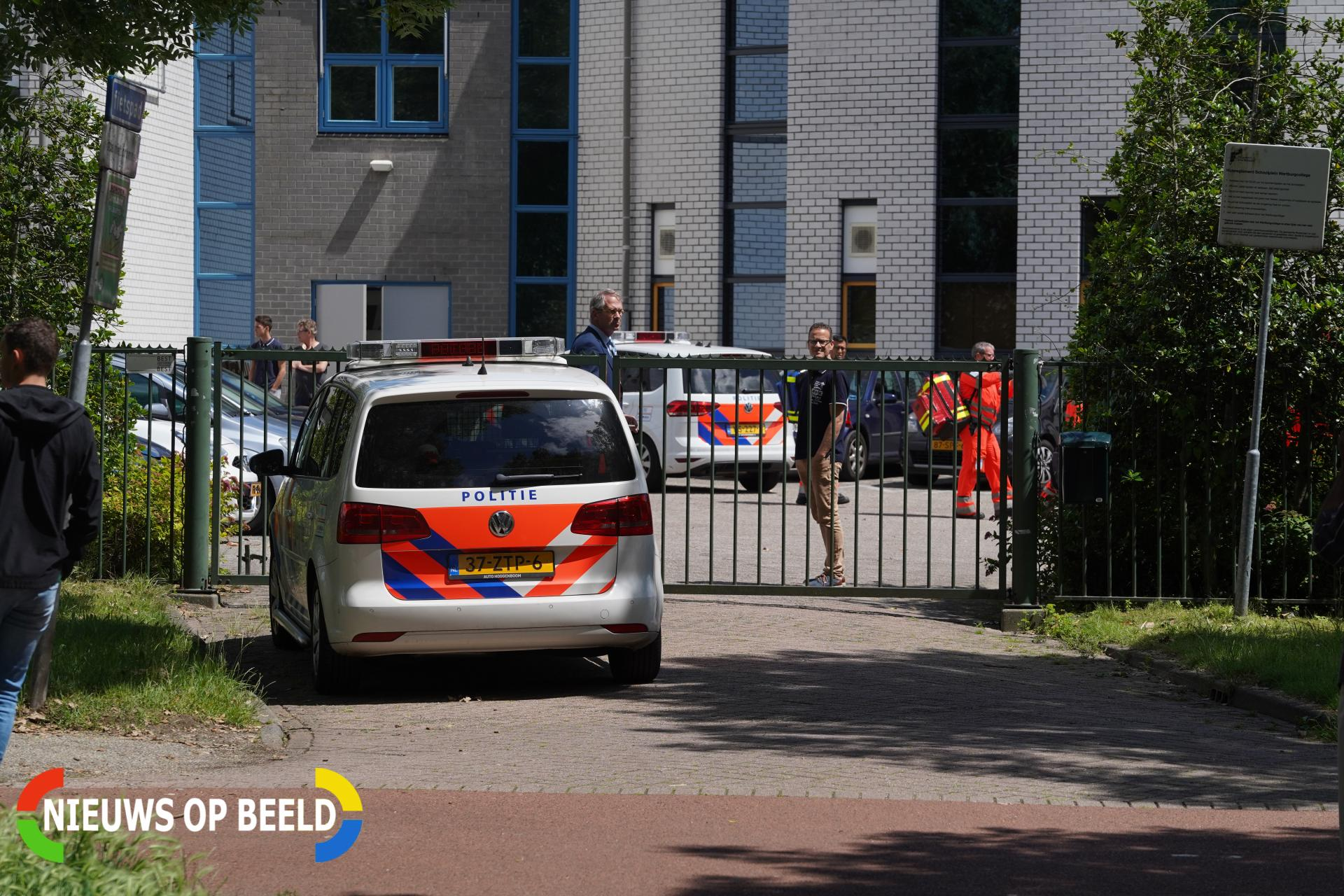 Drie jongens aangehouden na steekincident op schoolplein Rotterdam