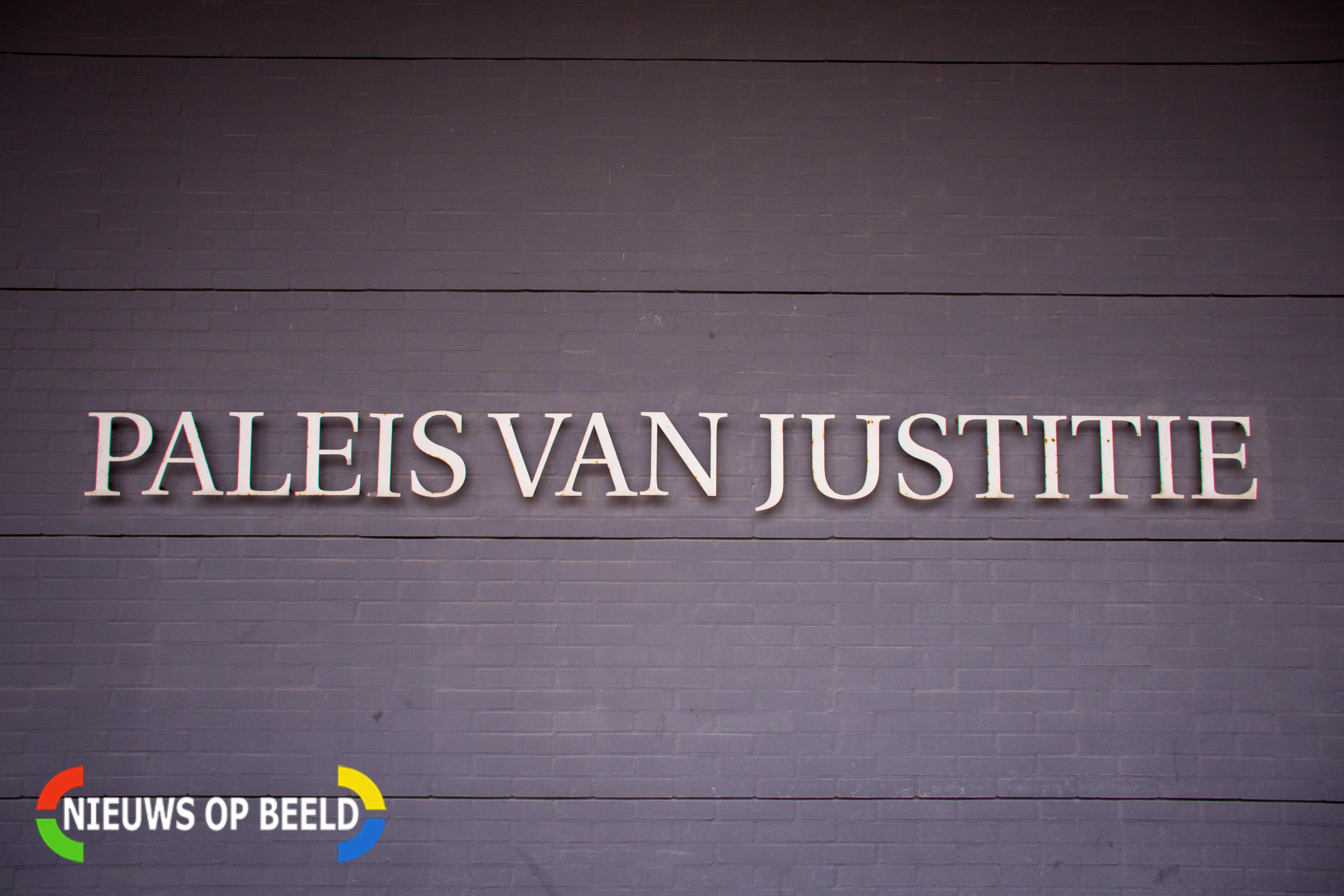 Jarenlange celstraf geëist tegen Haagse wapenhandelaar