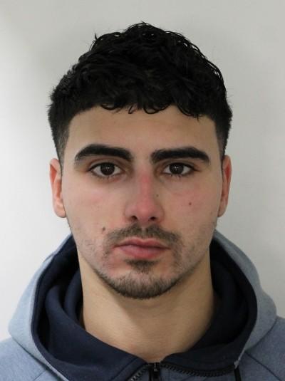 Politie op zoek naar Hicham M. voor liquidatie poging Allard Piersonstraat Rotterdam