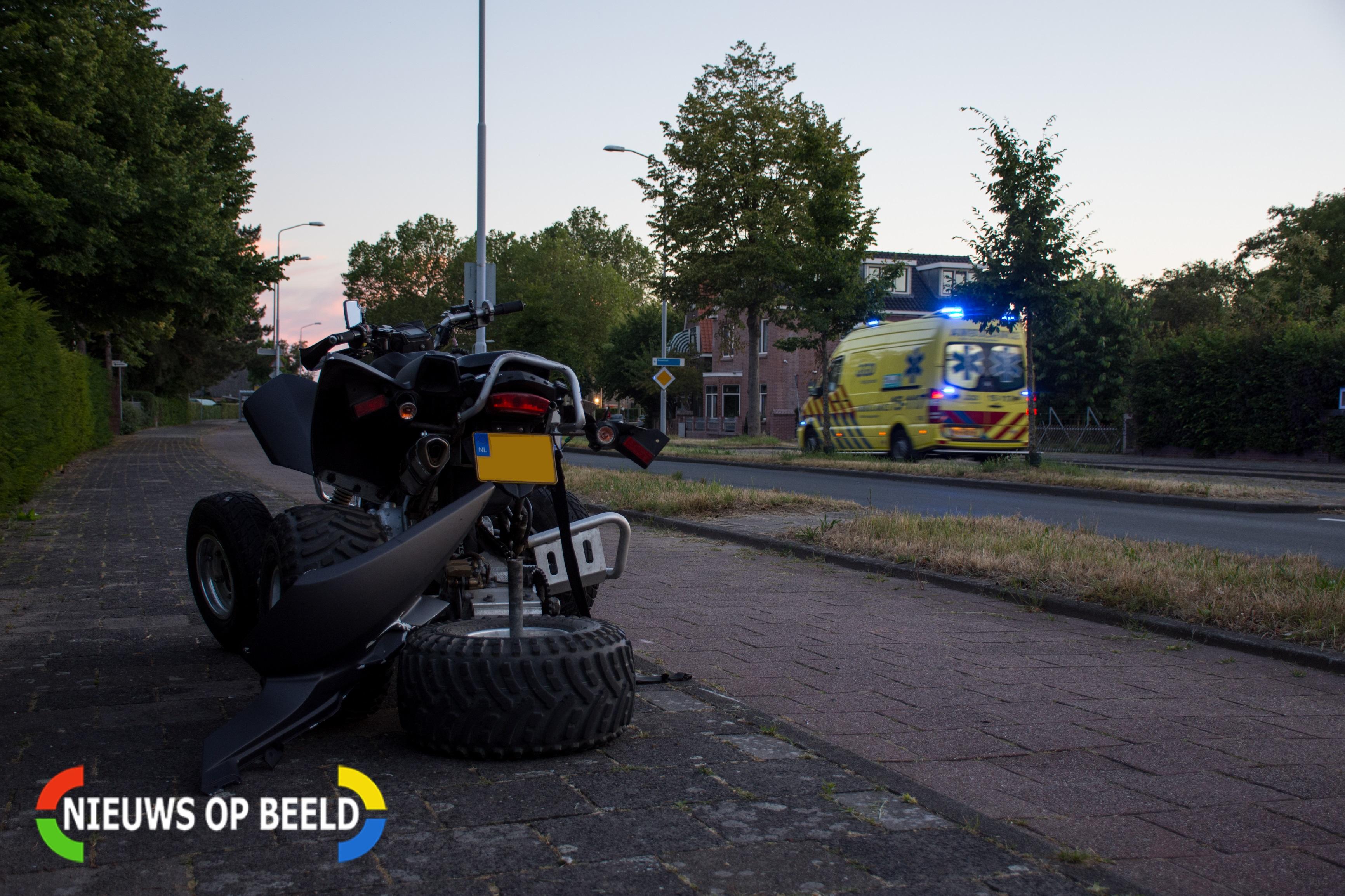 Quadrijder slaat meerdere keren over de kop bij eenzijdig ongeval