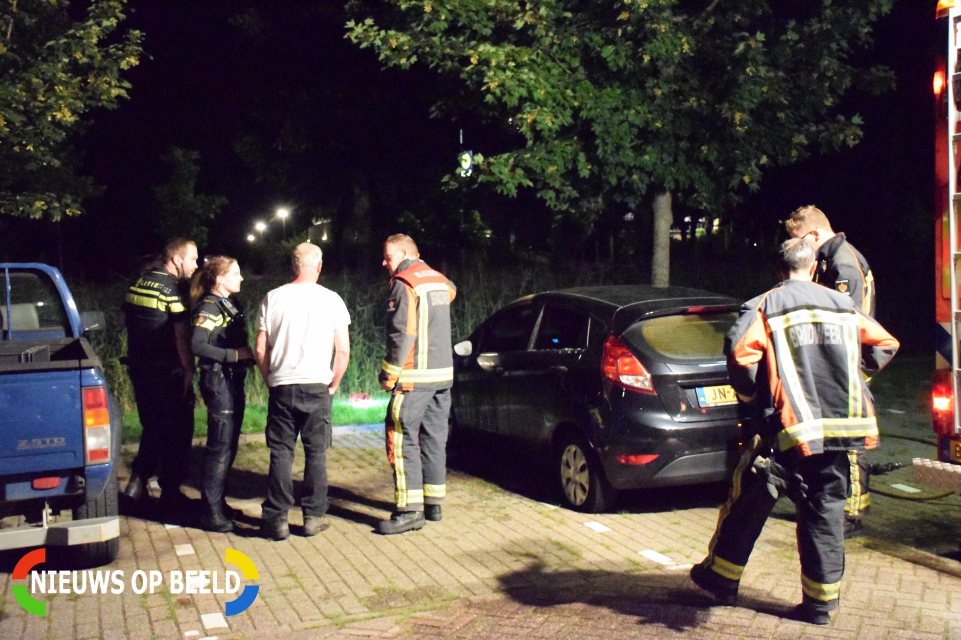 Auto in brand gestoken Eksterdreef Waddinxveen